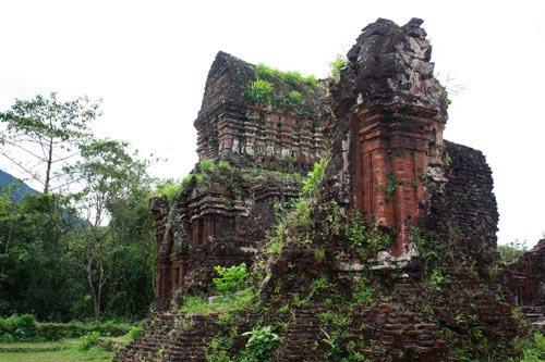 Hành trình núi, gió, cát, sóng và đền tháp Champa - 7