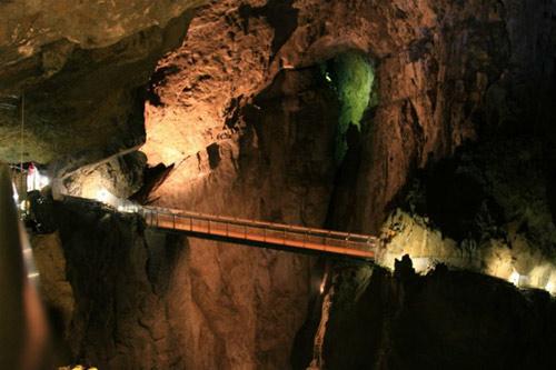 Thám hiểm 7 hang động sâu nhất thế giới - 1