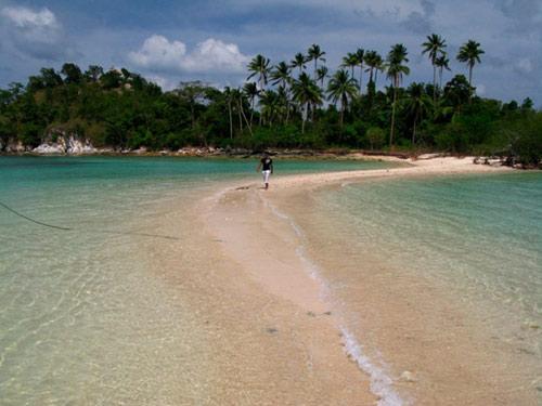 Vẻ đẹp siêu thực của đảo Rắn ở Đông Nam Á - 5