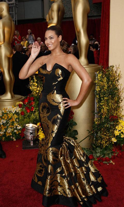 Ai sở hữu cặp mông đẹp nhất thế giới?, Thời trang, Kim Kardashian, vong 3, Jennifer Lopez, Jessica Biel, Lady Gaga, Shakira, Rihanna, vay dam, thoi trang