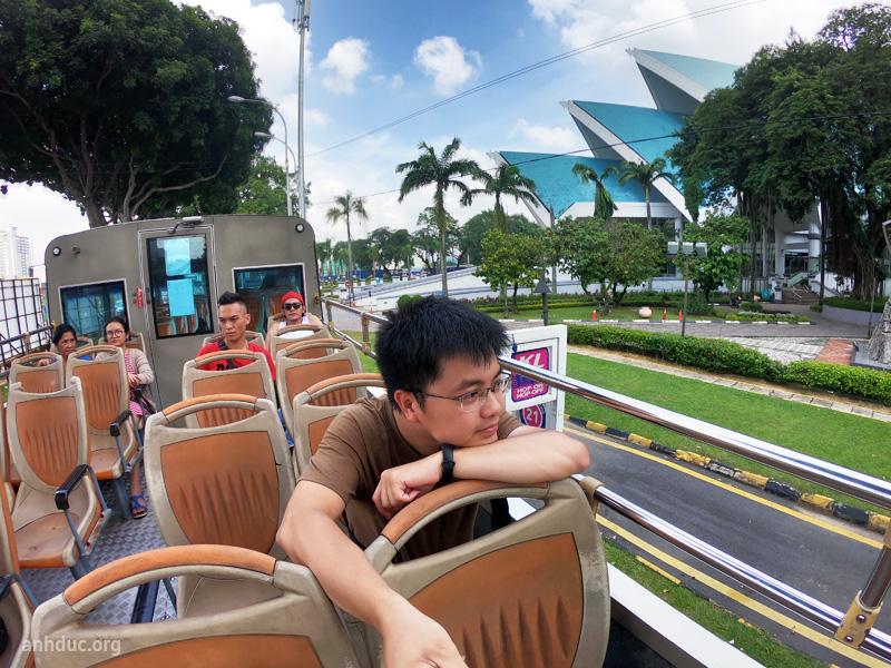 Tầng 2 xe bus hop on hop off Kula Lumpur