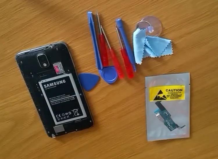 Tự thay cổng sạc cho điện thoại Samsung Galaxy Note 3 SM-N900A