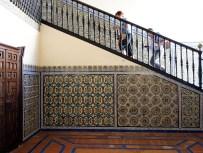 In Sevilla ist wohl auch durch diesen Palast die Kunst der Fliesengestaltung hoch entwickelt.