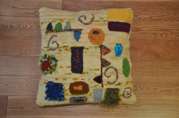 Klimt Pillow #1: this pillow made great use of mixed media and novelty yarns