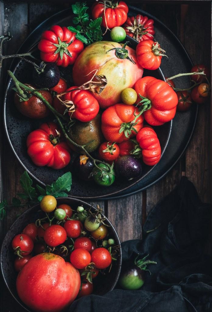garden heritage tomatoes
