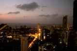 A Mumbai puoi salire sul tetto del mondo e guardarlo dall'alto in basso. E pensa che, forse, a volte la vista dall'alto può essere un po' dura.