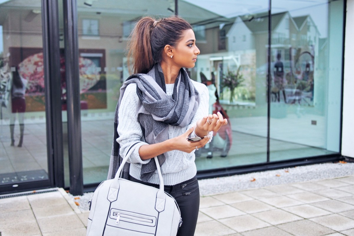 Grey jumper outfit