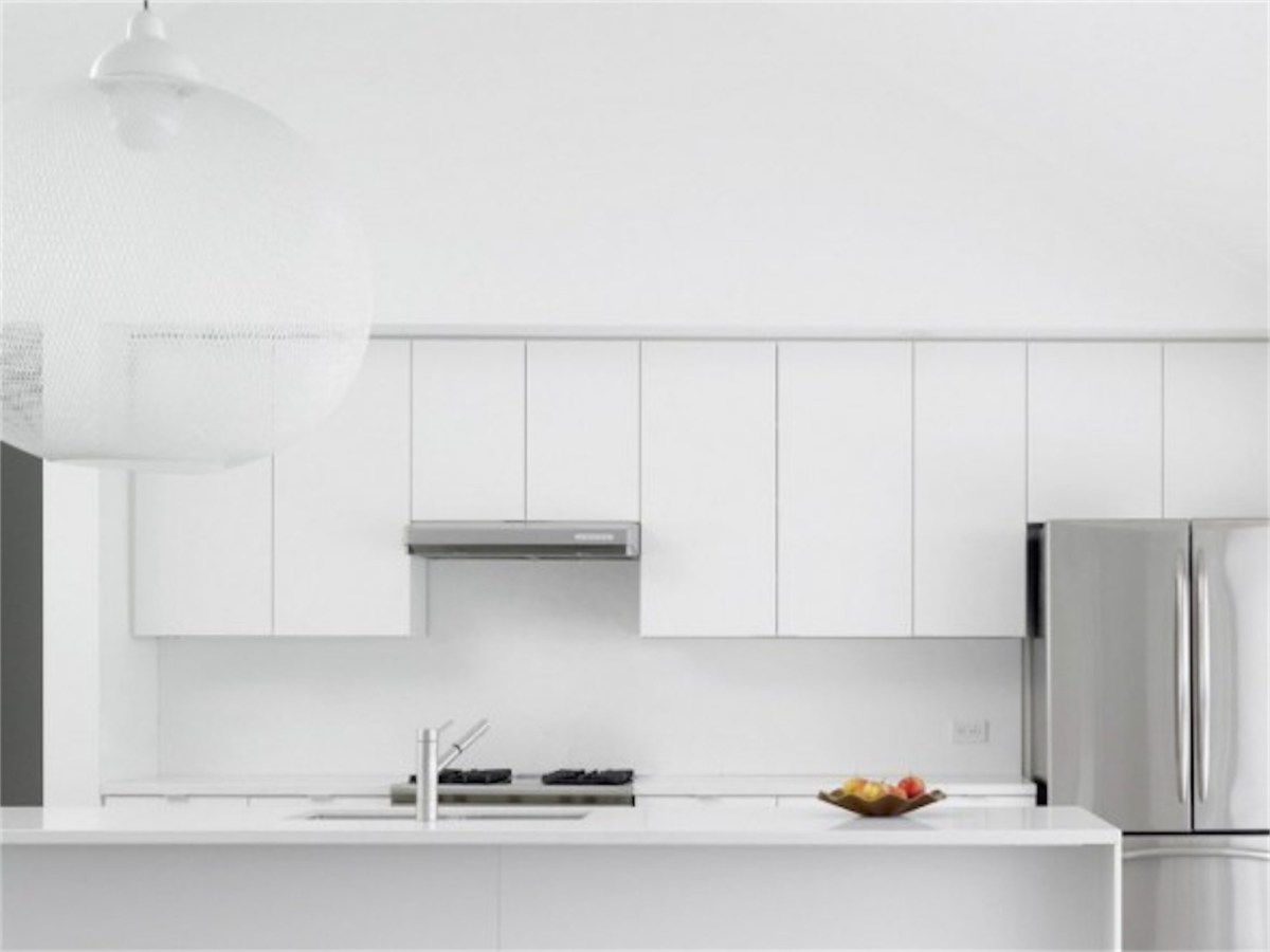 white-interior-design-modern-kitchen-resized