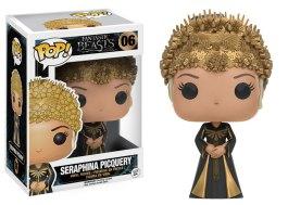 Seraphina Picquery vestida de dourado.