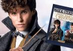 Newt Scamander em destaque com pacote de figurinha do álbum de Os Crimes de Grindelwald ao lado.