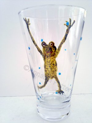 Dancing frog glass painting on a tumbler