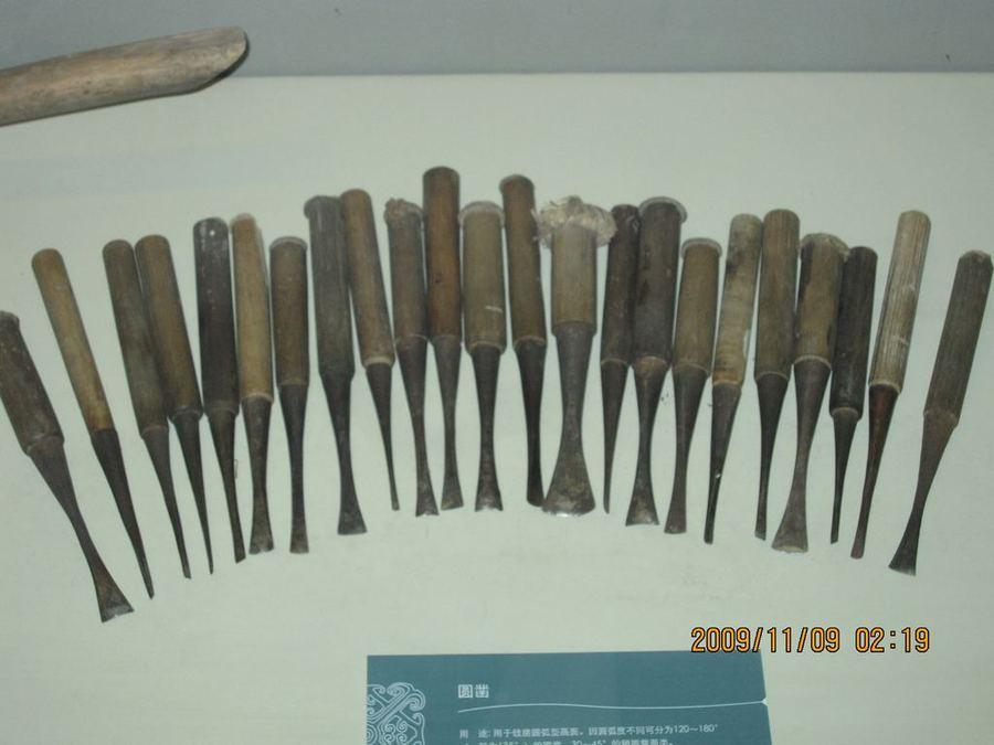 Dongyang - город славных мастеров резьбы по дереву