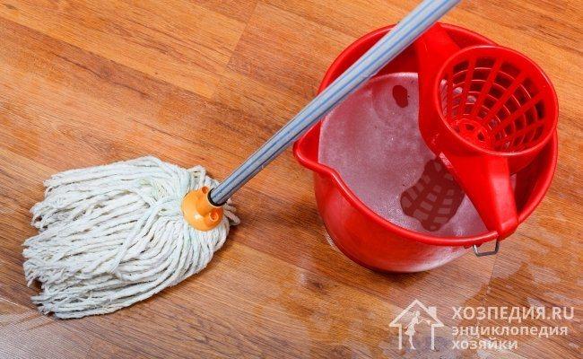 Добавляя при мытье пола в воду всего пару капель нашатыря, можно быстро и легко избавиться от тараканов