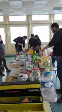 Atelier bricolage recyclage dans le cadre du JNML