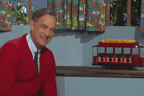 'A Beautiful Day in the Neighborhood' Trailer: Tom Hanks as Mr. Rogers