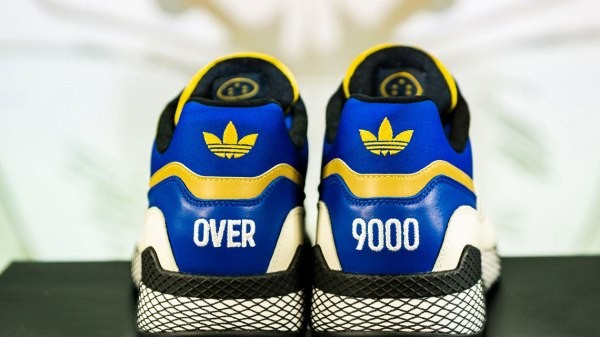 Adidas DragonBall sneakers med meme