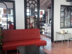 Miaw Miaw Cafe (8)