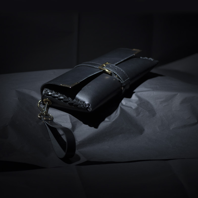 clutch black 01