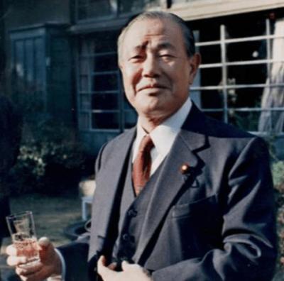 田中角栄の伝説・名言ぶっ飛び過ぎエピソード集!