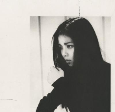 山崎ハコの歌は暗さが心震わせる!その背景にあったものとは?