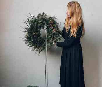 Natural Wreath How-To with Swallows and Damsons