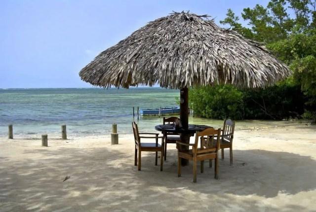 jamaica beach palapa chairs