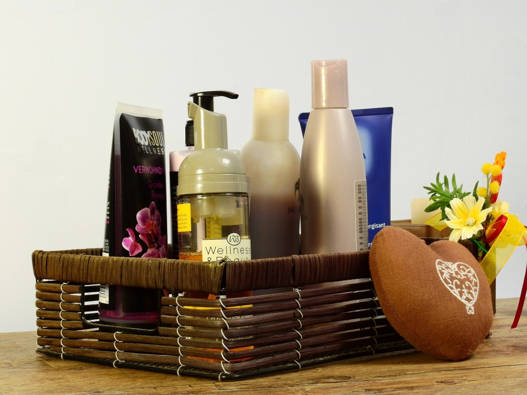 Picture of basket full of gifts like lotions