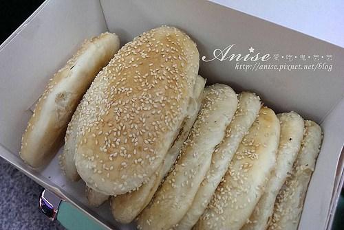 必吃金門美食~珍香廣東粥、蚵嗲之家、鴻美炒泡麵