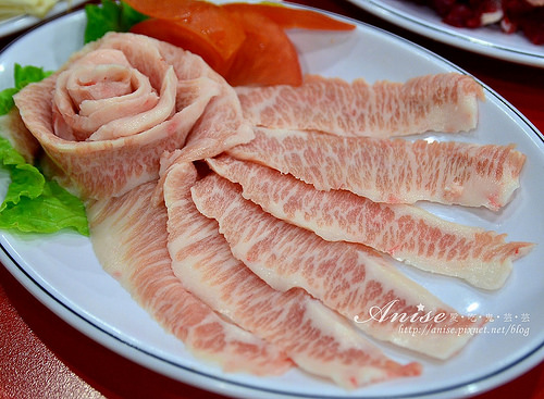 信義區美食.非常牛火鍋,來自台南的溫體牛肉(文末免抽送牛肉!)