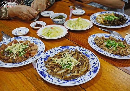 南投集集小吃.集民街無名麵店、八張牛肉麵