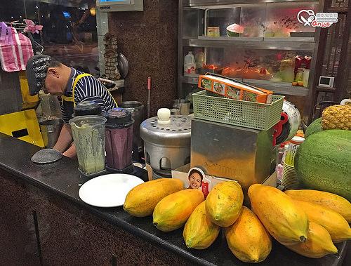 丸林魯肉飯,據說是觀光客最愛的魯肉飯、台菜
