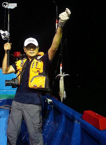 夜釣小管趴兔@華倫6號,這回終於釣到了!吼~