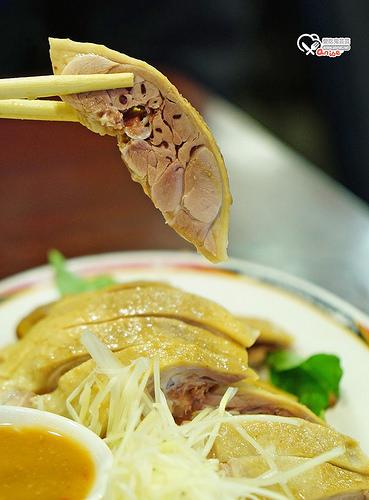 台南意麵鵝肉,價格平實滋味好,市區就吃得到的古早味!(已改名郎哥台南意麵)