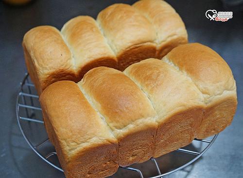 布里歐吐司食譜,懶人版麵包機攪拌發酵可