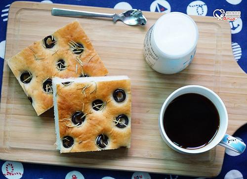 佛卡夏食譜,懶人版麵包機攪拌發酵可