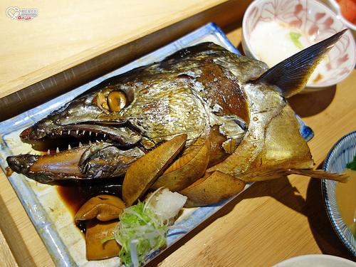 礁溪.里海咖啡(里海 cafe'),CP值超高的鮮魚料理、咖啡