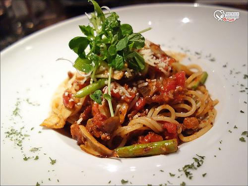 再訪Musee Kitchen & bar義式餐酒館,宜蘭幫媽祖出巡囉 :P