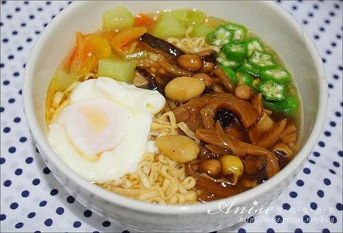 小廚師綠咖哩雞榨菜肉絲麵_033