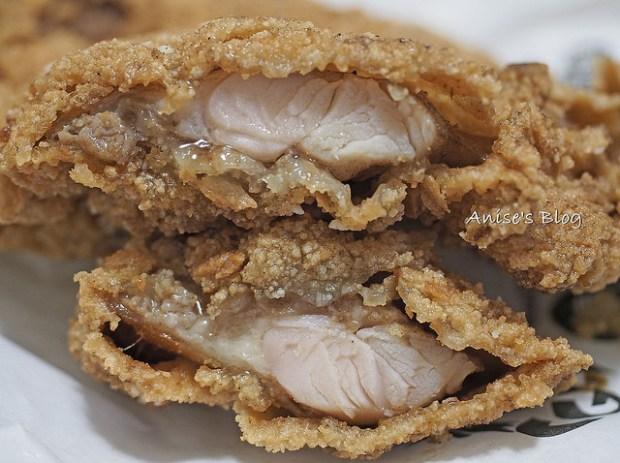 緯大雞排專賣店,雞柳、雞翅、雞腿排最好吃! @愛吃鬼芸芸