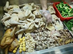 今日熱門文章:板橋裕民街. 一毛不拔鹽水雞、岑林綠豆沙