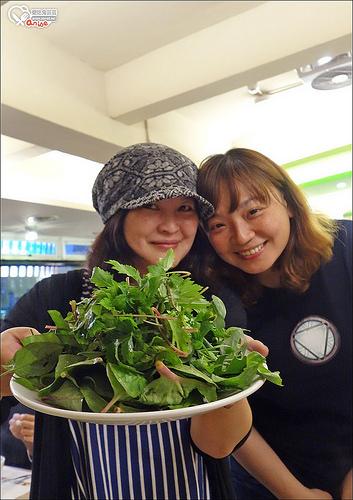 原生園,來自台東原生植物園的神奇野菜吃到飽涮涮鍋(葷素皆有) @愛吃鬼芸芸