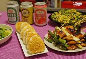 今日熱門文章:深夜食堂食譜之Panasonic蒸烘烤微波爐NN-BS1000 試做:培根蔬菜法式蒸蛋、煎餃、烤飯糰、烤雞肉串