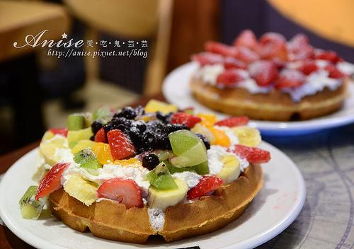 首爾美食~三清洞BEANSBINS,傳說中美味的鬆餅! @愛吃鬼芸芸