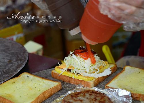 首爾美食~方便的Isaac,早餐、下午茶好選擇(東大門店、梨大店)@102年首爾行 @愛吃鬼芸芸