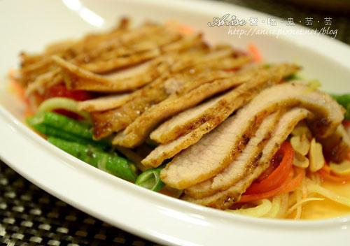 金納黎~平價又可口的泰國創意料理 @愛吃鬼芸芸