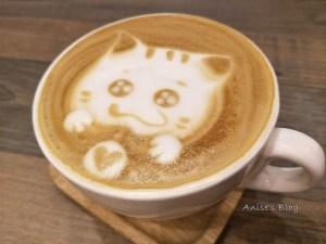 今日熱門文章:台北咖啡.喝什麼 Kapi,不限時、提供插座與wifi的舒適咖啡廳