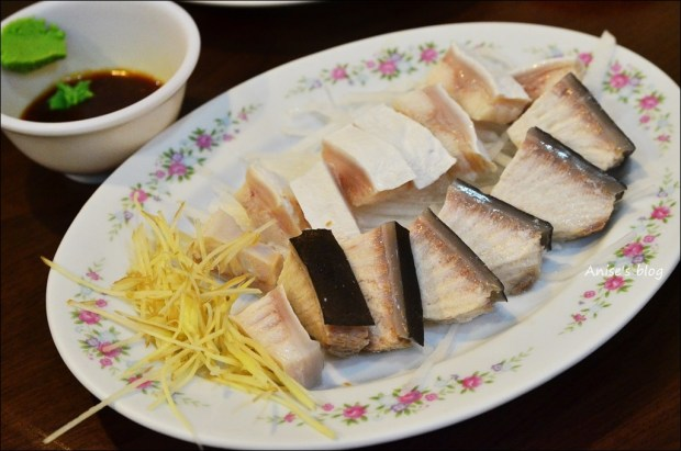 基隆美食.豬肝腸海鮮店-孝三路傳統古早味特色小吃(姊姊食記)