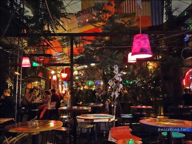 布達佩斯.廢墟酒吧 Szimpla Kert,根本像鬼屋 XD