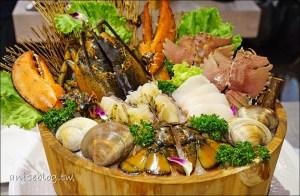 今日熱門文章:食徒罌粟鮮麻鍋、老饕鍋,麻辣牛尾鍋底、活海鮮叫賣 (深夜食堂)