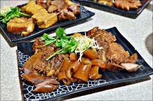 今日熱門文章:三民大飯店,隱身郊區巷弄間的美味,豬腳滷味是招牌(姊姊食記)